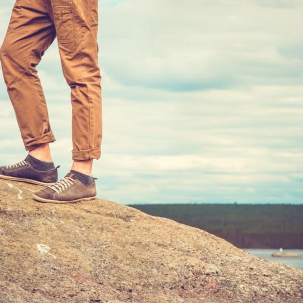 """30代から履きたい一足。大人のオトコの""""キレイめ""""スニーカー6選!"""