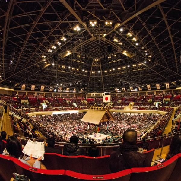 人気急上昇中の相撲観戦。初心者がおさえるべき知識やマナーとは?