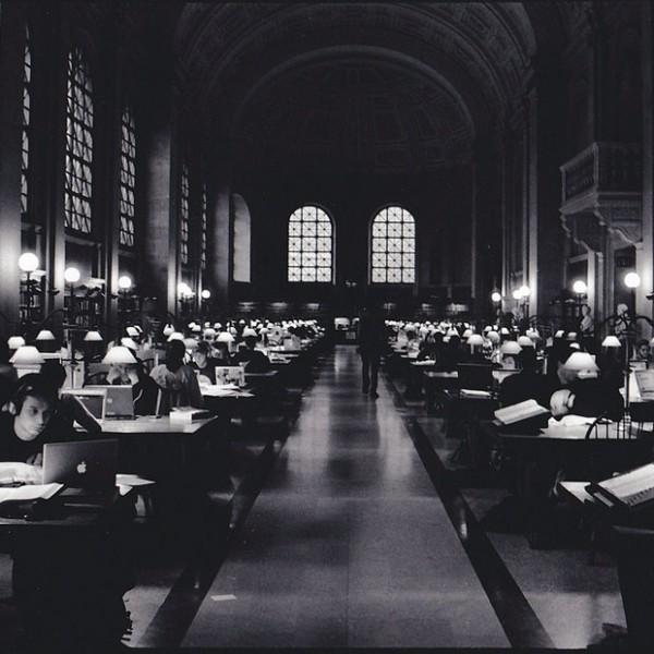 """オトナ向け「""""実践""""学問のススメ」……仕事に活かせる、大学の社会人講座とは?"""