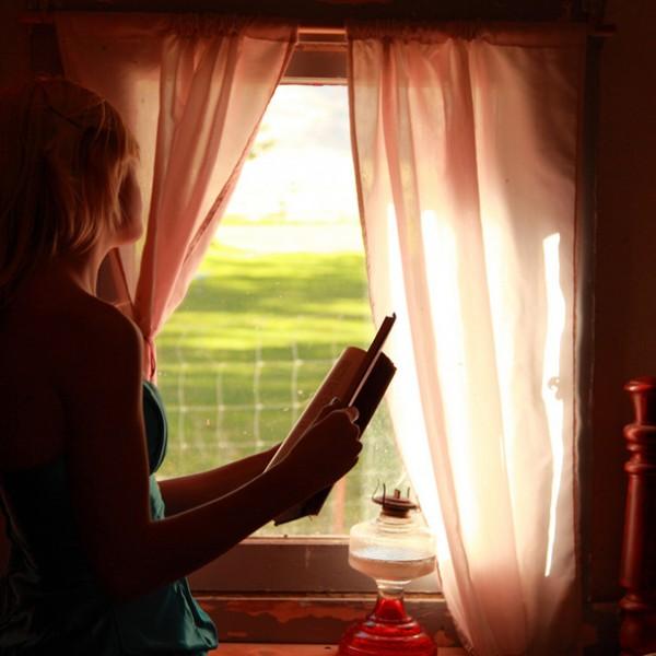 本を読むたびにアナタを思い出す……読書好きな彼女に贈りたいリーディングツール3選