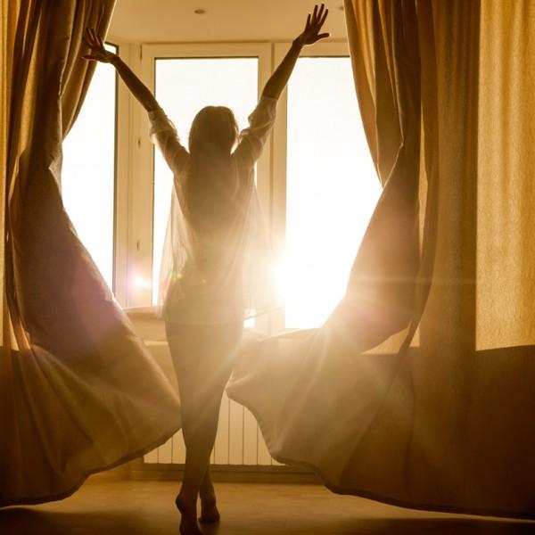 寝ても、寝ても、寝足りない…… そんなダルい朝を迎えないために習慣化させたい3つの方法