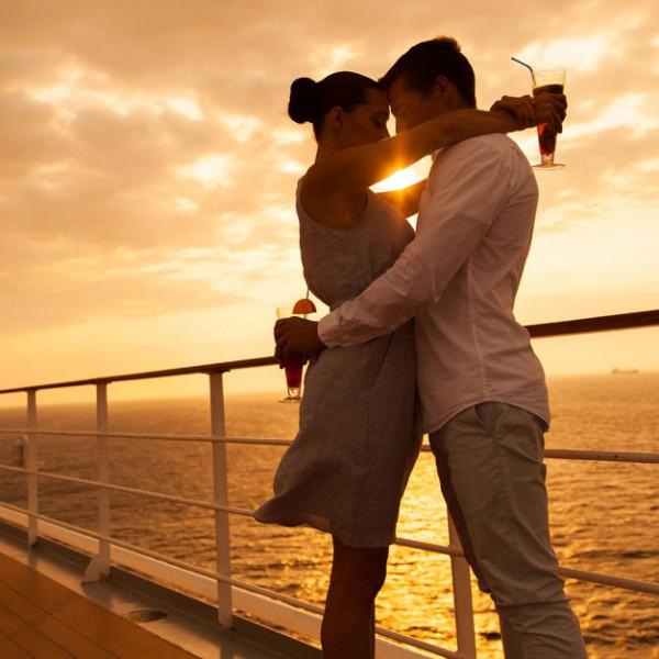 """実は男も楽しめる?『東京ディズニーリゾート』をオトナに楽しむ…""""鑑賞系""""で、ロマンチックに楽しむ方法"""