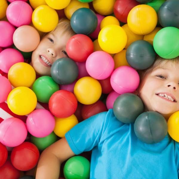 週末は室内遊園地で家族サービス。パパにもオススメの室内遊園地3選!