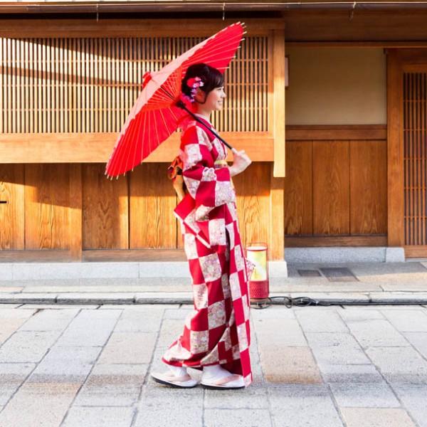 古都の入り口は、曲がり角にあり? 京都の醍醐味を満喫できるオススメ路地裏スポット 3選。