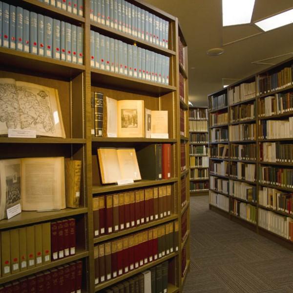 スタバだけじゃない! 第三の居場所へ……知識の宝庫『日比谷図書文化館』の魅力とは?