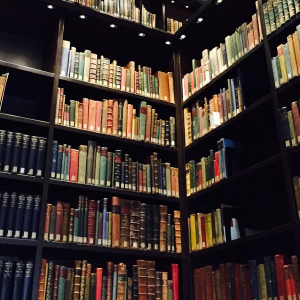 """解説の""""キャッチコピー""""が秀逸! 知識がなくても『東洋文庫ミュージアム』が楽しめる3つの理由。"""