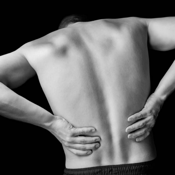 また、ぎっくり腰…… そんな腰痛常習者さんにオススメしたい『直立習慣』とは?