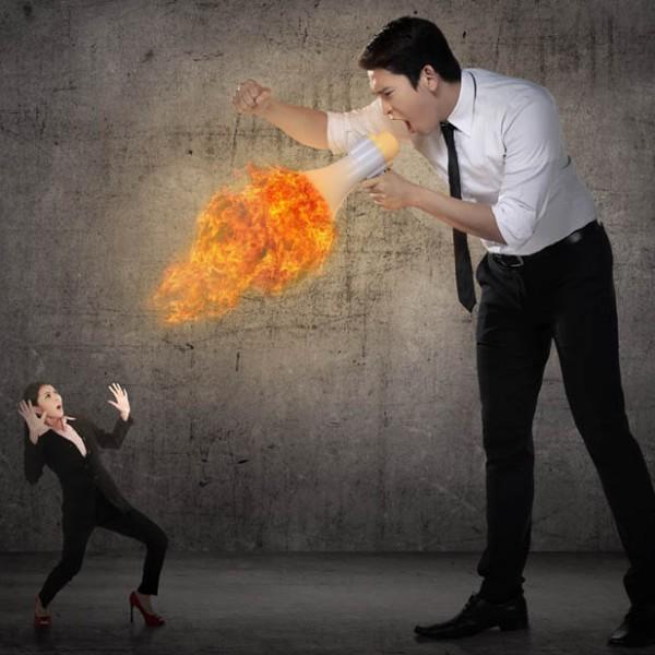 """""""怒る""""と""""叱る""""を間違えてない? 管理職が押さえておきたい""""叱るコミュニケーション""""。"""