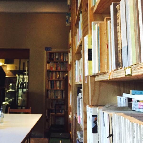 文豪の珈琲と愉しむ大人余暇。 理想の書斎を駒場東大前『BUNDAN』に見つけた。