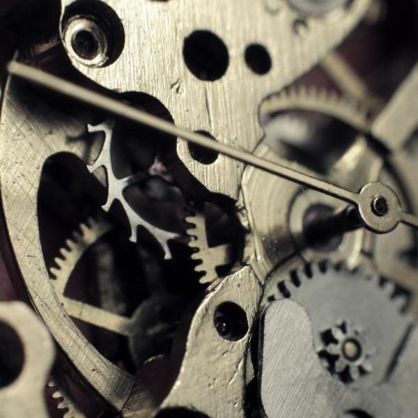 """スマホで満足する男になってないか? あなたの""""こだわり""""を光らせる…腕時計の存在意義。"""