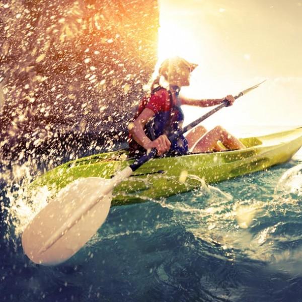 今夏こそ挑戦したい!! 絶景の海を望みながらのマリンスポーツ 5選。