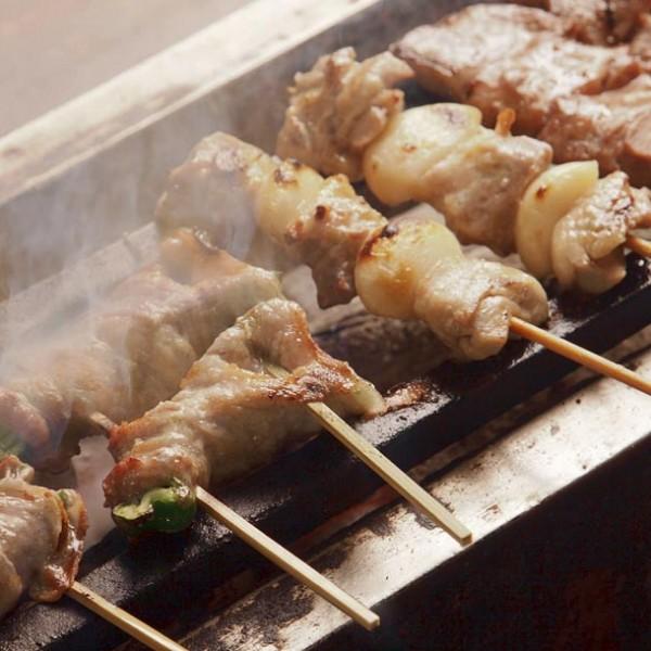 お酒NGでも、焼き鳥OK! 昼間っから食べたいオススメの焼き鳥丼 3選。