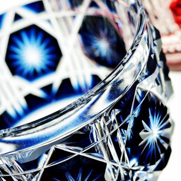 麗しい紋様が華ひらく。 日本が誇る伝統工芸・江戸切子の魅力。