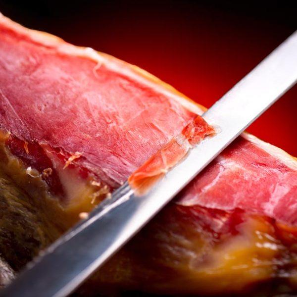 たまの贅沢に!…スペインの誇り・イベリコ豚・最高峰「ベジョータ」を召し上がれ
