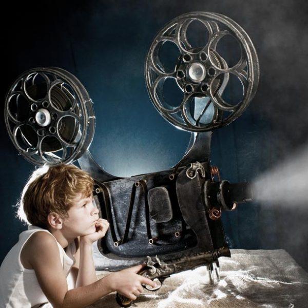 """ノスタルジックな映像美に何を思う? 先人の息遣い感じる""""必見""""サイレント映画 3選。"""