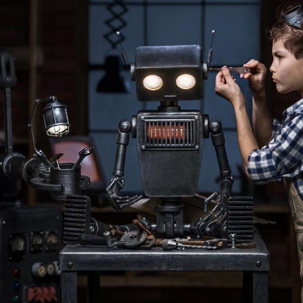 技術進歩は子供の世界にも! 大人も欲しくなるハイスペック玩具の世界を垣間見る