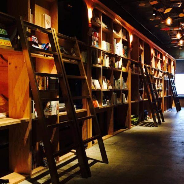 本と己と対話する時間を。 BOOK AND BED TOKYOで浸る最高の読書タイム。