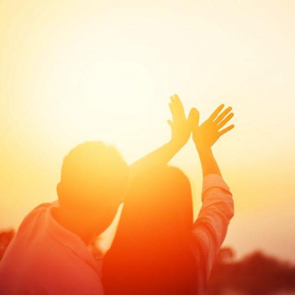 悲しみを乗り越えるために…「喪の仕事」を知る