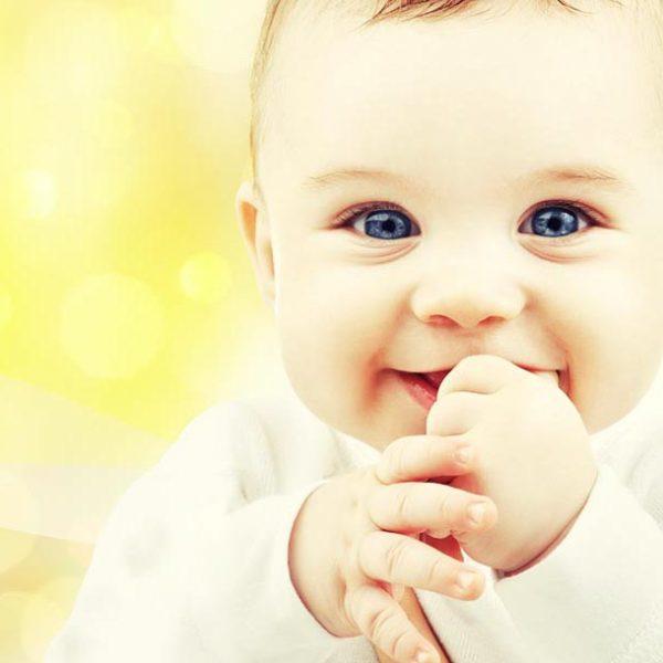 【笑いの効果を再確認】赤ん坊から学ぶ?「笑う門には福来る」